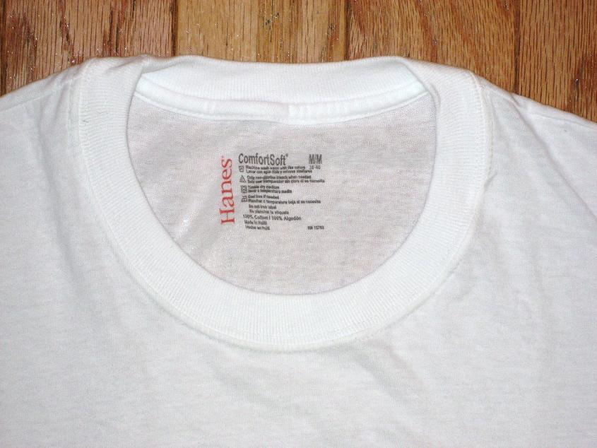 Undershirt review hanes lay flat collar comfortsoft for Hanes comfortsoft tagless t shirt review
