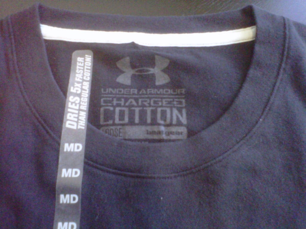 Under Armour Charged Cotton - Dries 5x Faster than Cotton