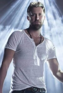 charles-kelly-wearing-burnout-henley-lady-antebellum-zoom