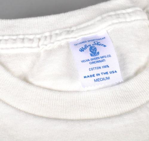 velva-sheen-white-crew-neck-t-shirt-collar-close-up
