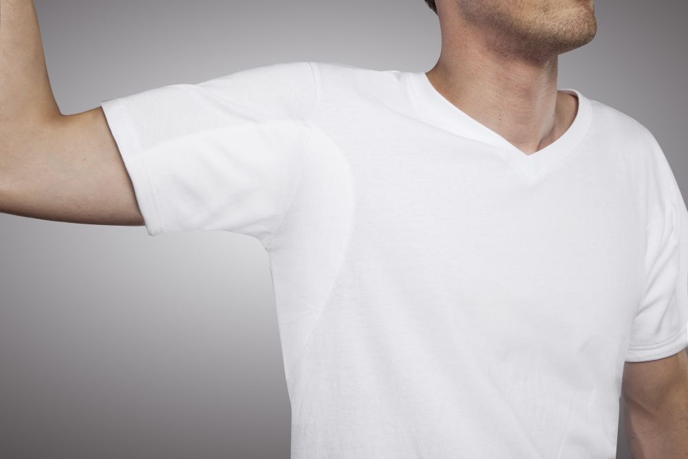 sweatyman-v-neck-undershirt-underarm-pad-medium