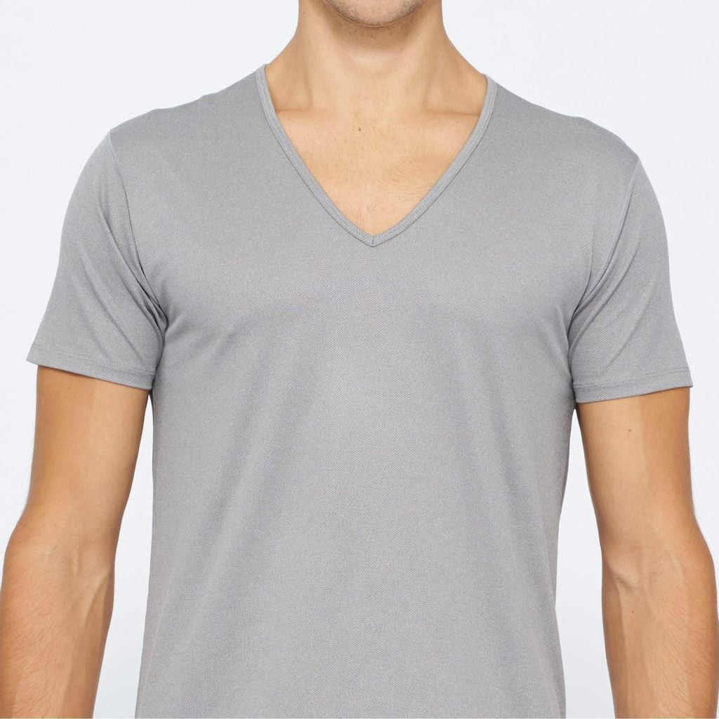 Men's Undershirts Create a Comfortable Layer of Coverage. Men's undershirts share a variety of functional and aesthetic benefits that protect your body and your clothing. Wearing an undershirt, you can avoid unsightly sweat stains, odors, and create a slim silhouette.