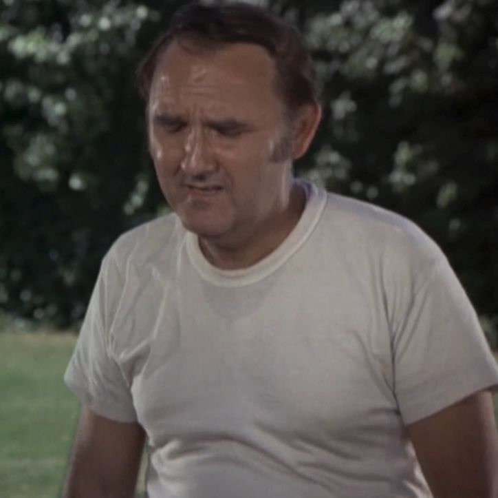 v-neck-undershirt-under-crew-neck-t-shirt