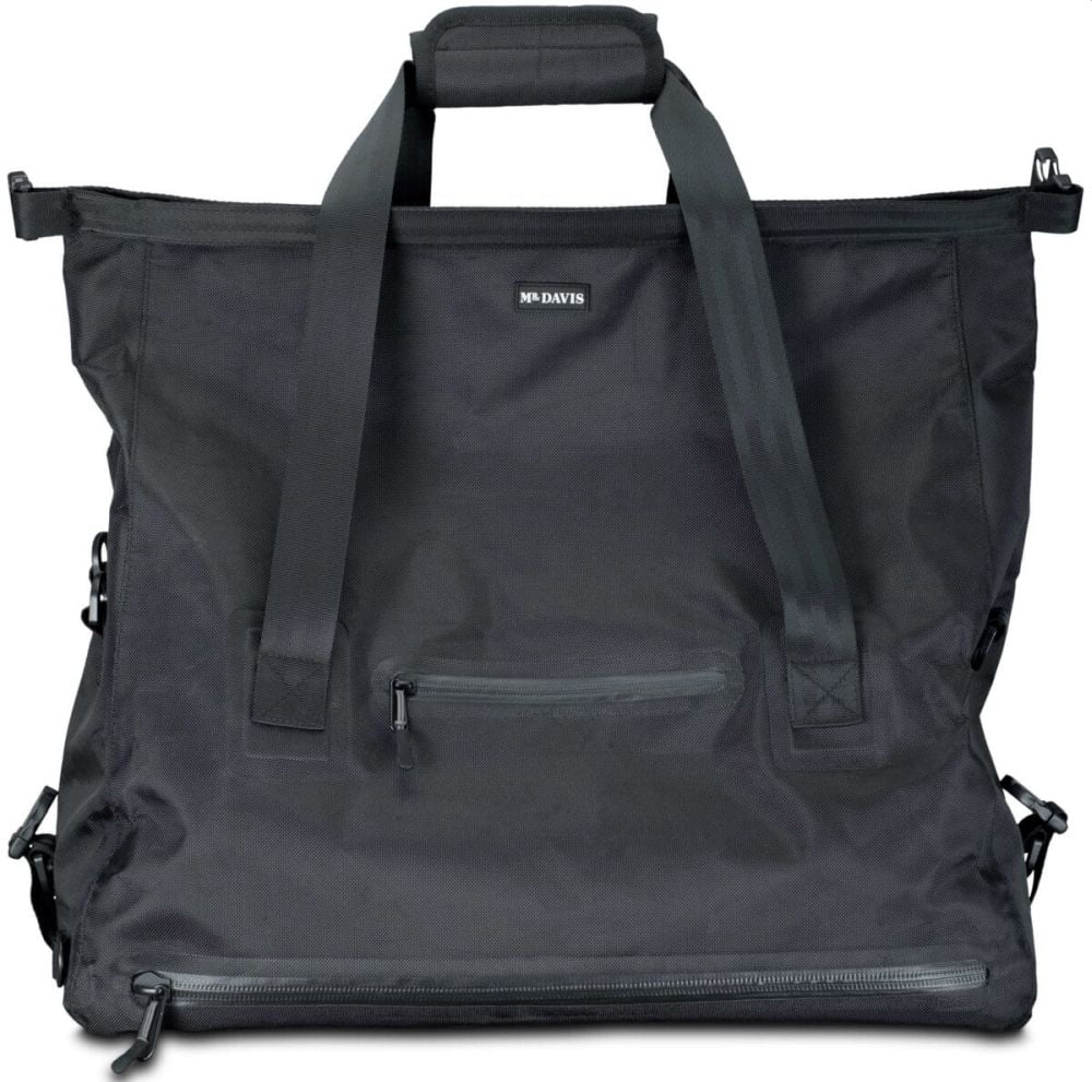 Weekender bag on closeout