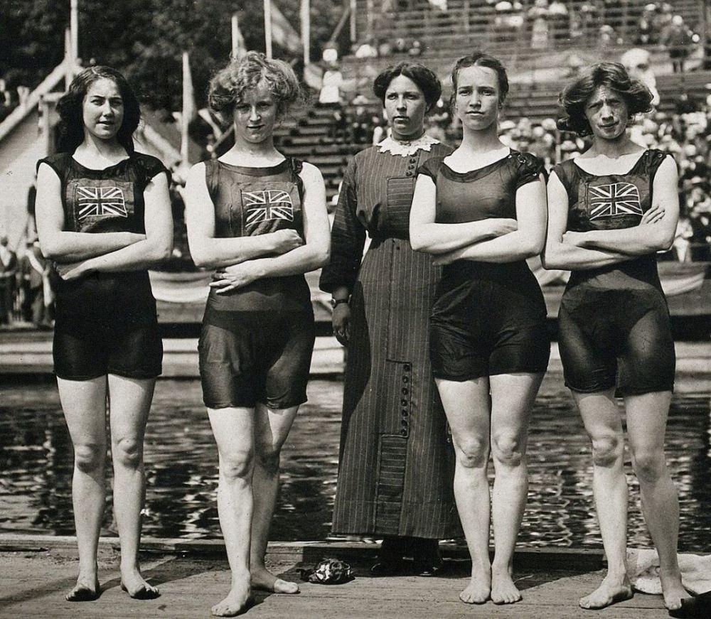 Early Tank Tops: Women wearing